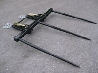 Bucket Hay Bale Spear Attachment - 3 X 39 Prongs