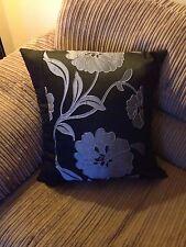 """4 22"""" X 22"""" Plata y Negro de Moda Cushion Covers? por qué comprar de ahora?"""