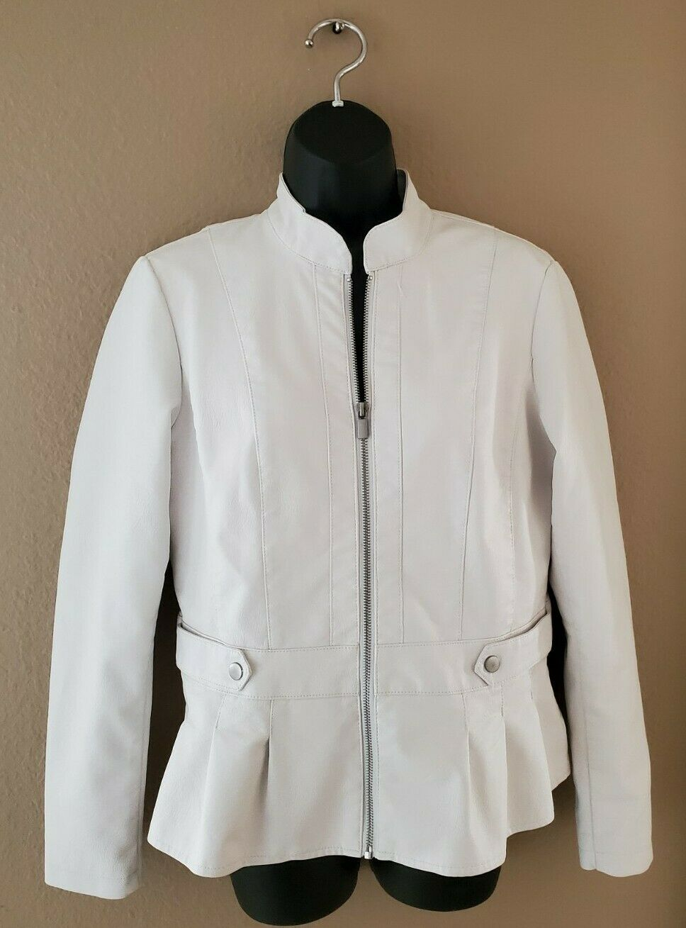 Baccini Women's Faux White Leather Long Sleeve Jacket, S