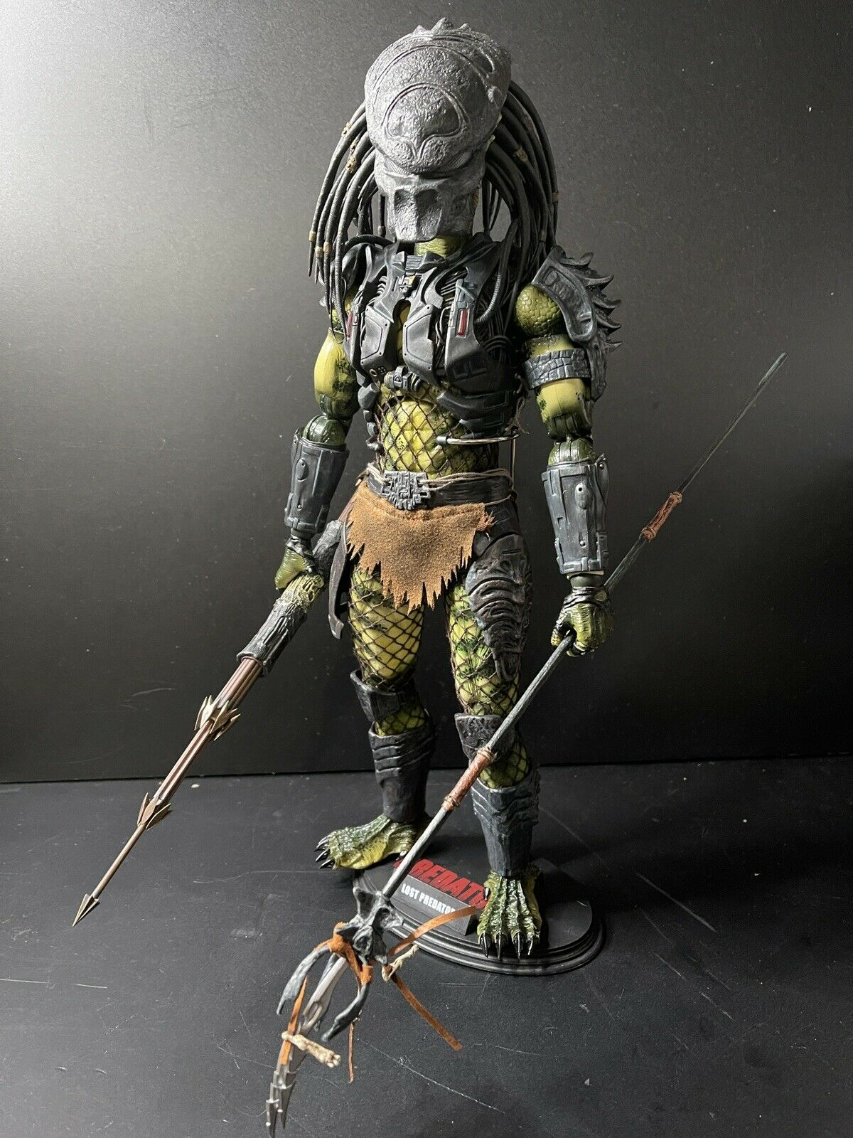 Lost Predator 2 Hot Toys All Accessories But NO BOX on eBay thumbnail