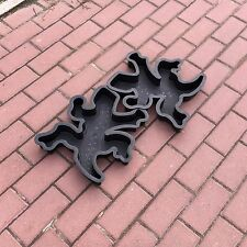 2 pcs ABS Plastic MOLDS for Concrete Garden Stepping Stone Path form of Lizard