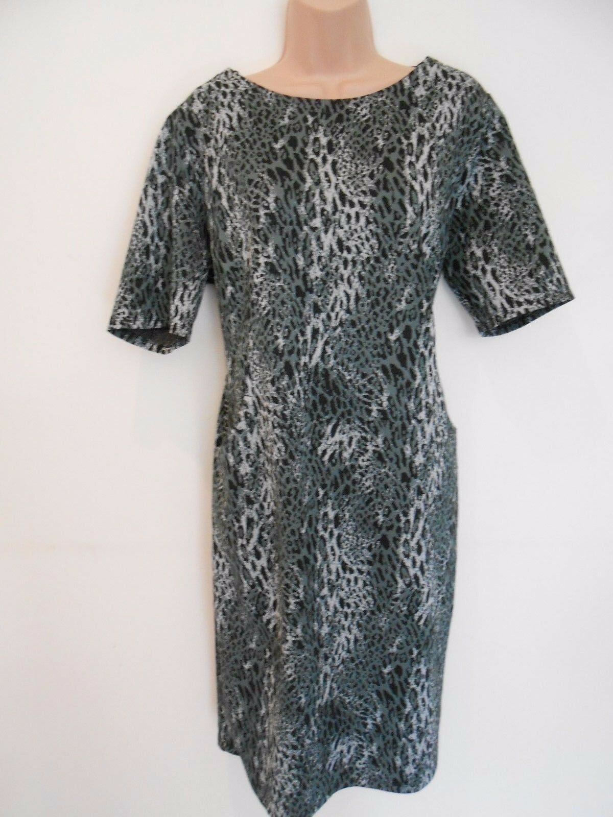 M&Co Grey Animal Print Tight Shift Office Party Dress (NEW) Size 20 .00