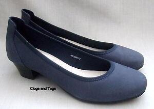 Fit pelle nabuk in da di scarpe Wide donna blu Clarks Nuove Corrie Navy 7SIqn