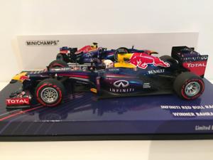 Minichamps 410130201 Infiniti Red Bull Racing R89 S Vettel Winner Bahrain 2013