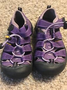 KEEN-Youth-Girls-1-Eu-33-UK-13-Waterproof-Sandals-Purple-Suede-LN-EUC-Worn-1x