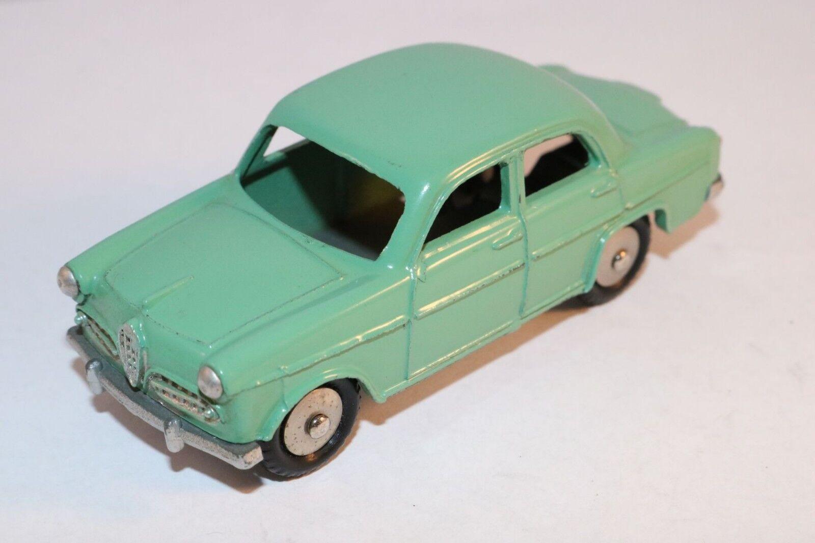 Mercury 17 Alfa Romeo Giulietta green in mint all original condition
