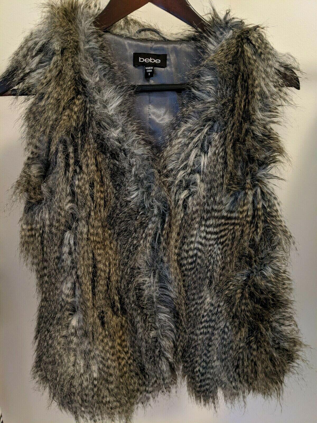 Bebe gray sleeveless Faux Acrylic Fur Vest Small fully lined in satin Euc