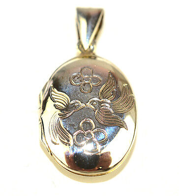 STERLING SILVER ENGRAVED OVAL LOCKET PENDANT WITH 2 KISSING BIRDS & FLOWERS