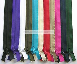 NYLON-OPEN-ENDED-ZIP-CHOICE-OF-27-COLOURS-amp-LENGTHS-No5