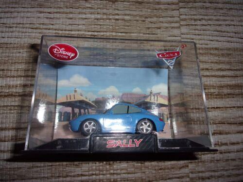 DISNEY STORE EXCLUSIVE PIXAR CARS SALLY 1//43 SCALE