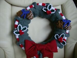 Three-Christmas-Wreaths-with-trims-amp-decorations-soft-toy-knitting-Pattern