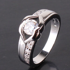 Stunning White gold filled ringLab Diamond inset Designer styling size P12 - <span itemprop=availableAtOrFrom>Colchester, United Kingdom</span> - Stunning White gold filled ringLab Diamond inset Designer styling size P12 - Colchester, United Kingdom