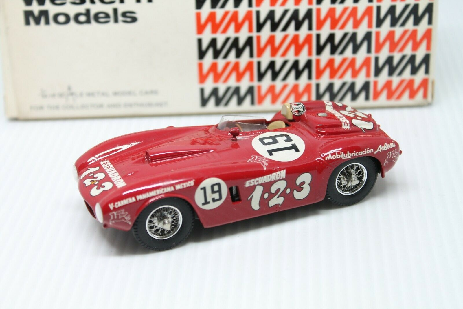 Western Models  FERRARI 375 PLUS Panamericana  1954  rouge  Neuf dans sa boîte  1 43