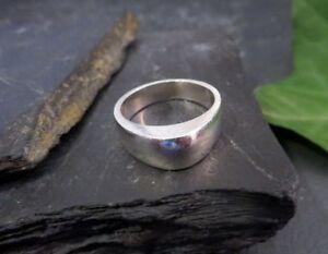 Designer-925-Sterling-Silber-Ring-Universa-Kleine-Groesse-Tolle-Form-Optik-Elegant