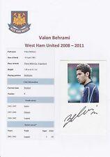 VALON BEHRAMI West Ham Utd 2008-2011 mano originale firmato CARD con Rivista PIC