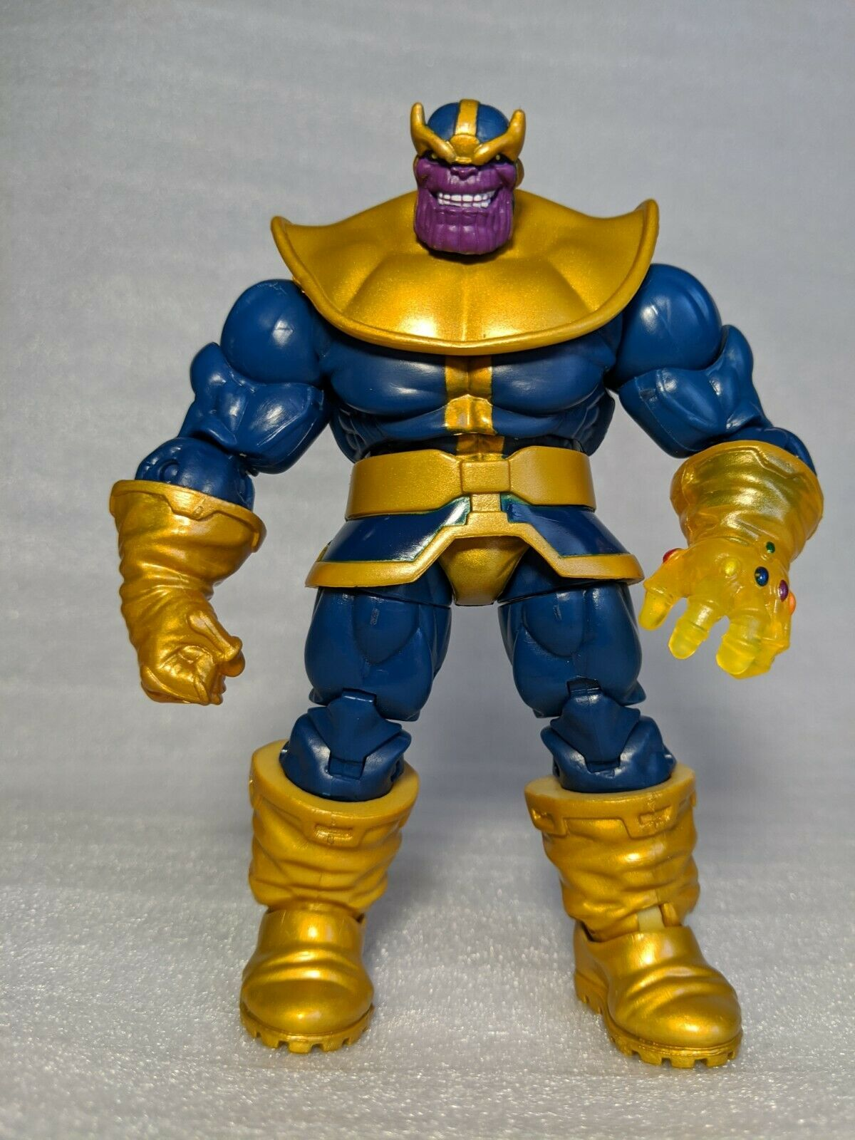 "Marvel Universe 4/"" Thanos"