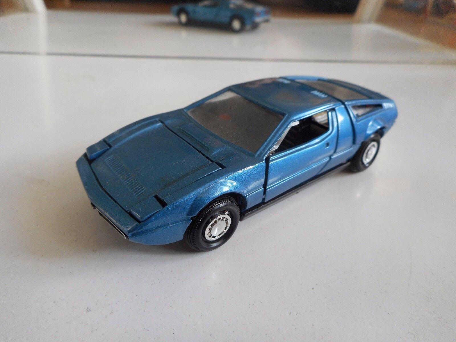 Yonezawa giocattoli Diapet Maserati Bora in blu