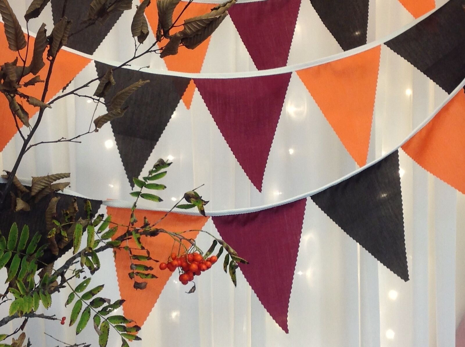 Rich Autumnal Bunting, weddings, wine braun Orange attached to  natural tape