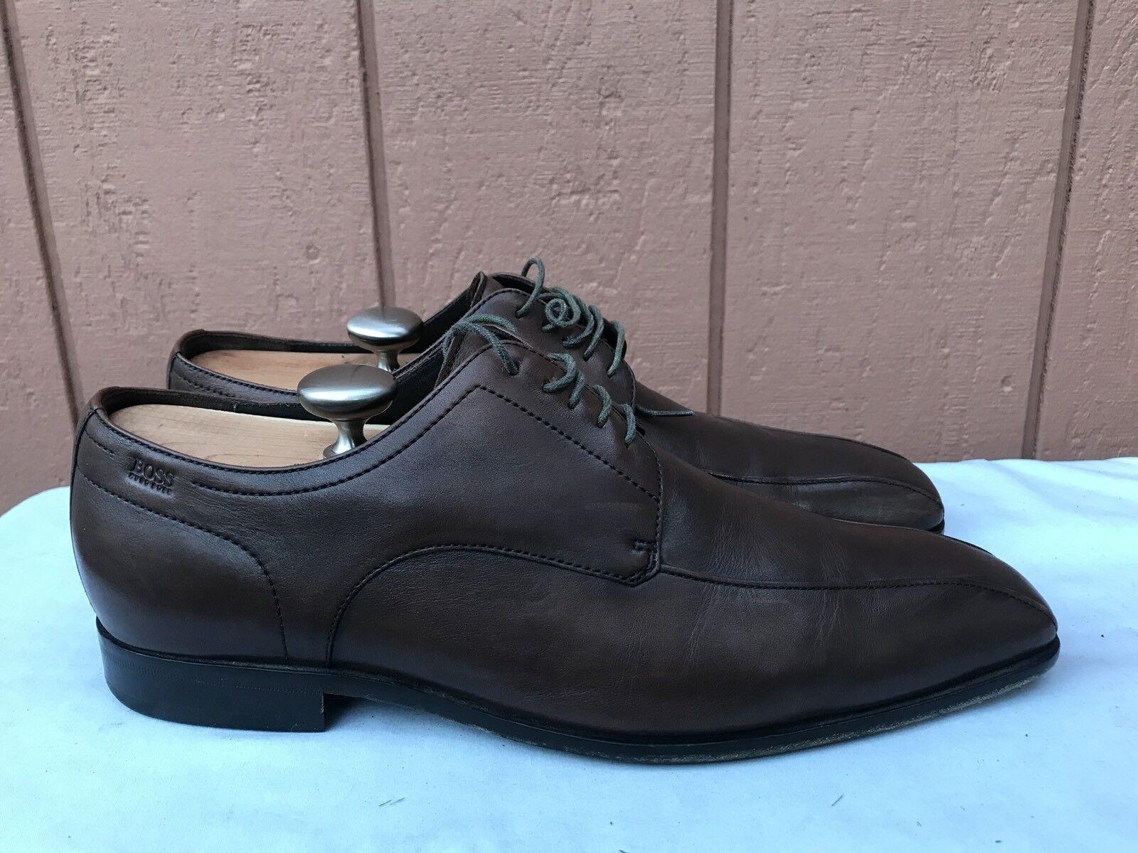 EUC HUGO BOSS Uomo US 9.5D marrone Pelle Square Toe Lace Up Dress Oxford Shoe A2