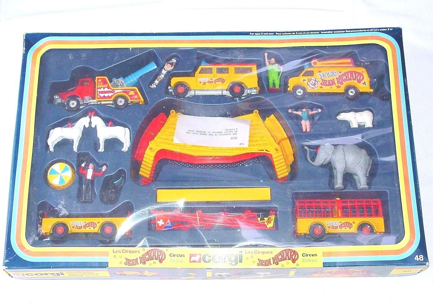 Corgi Toys 1 35 CIRCUS JEAN RICHARD + VEHICLES + ACROBATS + CLOWN + TENT NMIB`78