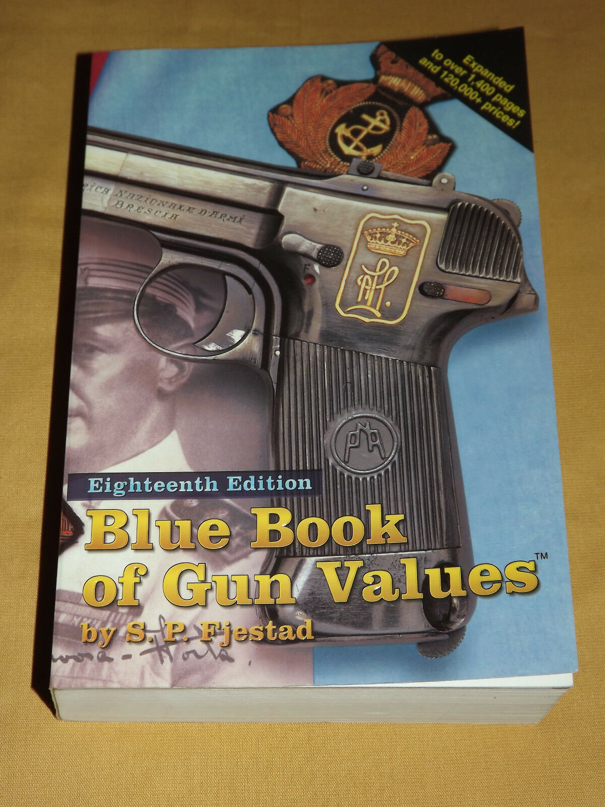 VINTAGE 1997 BLUE BOOK OF GUN VALUES 18TH EDITION [400876168978 ...