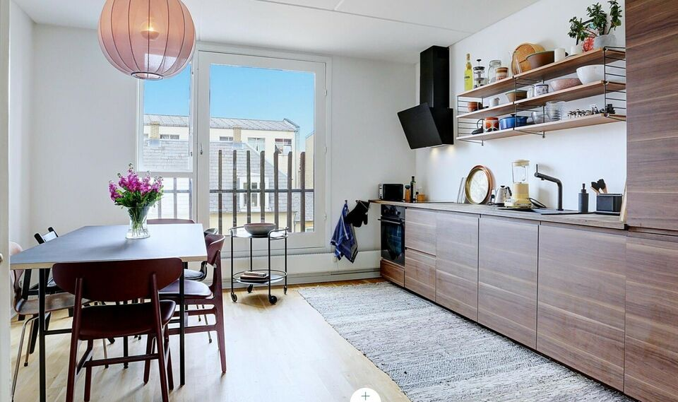 Large and bright 3-room apartment