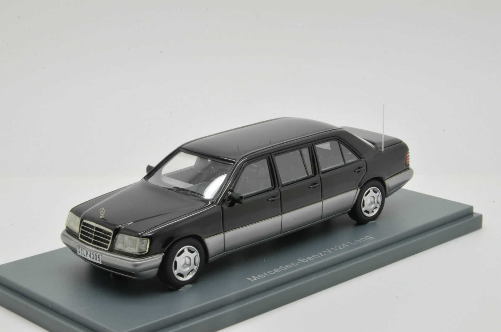 RARE      Mercedes W124 Long 1991 NEO 1 43