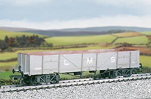 Ratio 571 LMS Bogie Iron Ore Wagon Plastic Kit OO Gauge