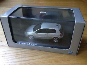 VW-Golf-Mk5-GTI-1-43-scale-Norev