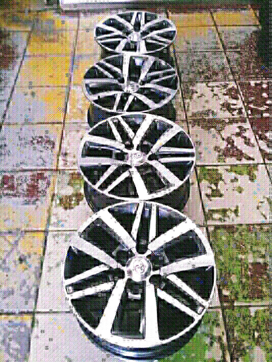 6Holes 18Inch TOYOTA HILLUX Magrims A Set Of Four On Sale If Intereste