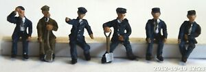 Loco-driver-and-crew-6-seated-figures-OO-HO-scale-Unpainted-Langley-F119A