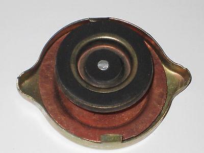 Kühlerdeckel Belarus MTS 50 52 80 82 usw Kühler Deckel