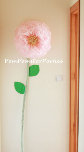 Giant bloom. Oversized paper flower. Luxury wall decor. Reception decoration.