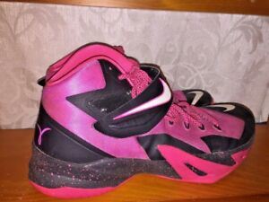 the best attitude 2d0ca c895c Image is loading NIKE-LeBron-James-Zoom-Soldier-Breast-Cancer-Hi-