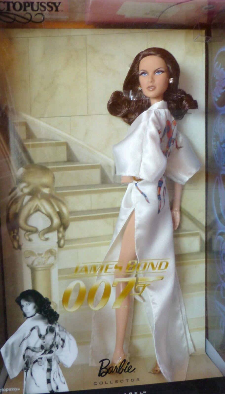 JAMES BOND 007 OCTOPUSSY FILM BARBIE loves Pop Kultur 2010  T4550 NRFB