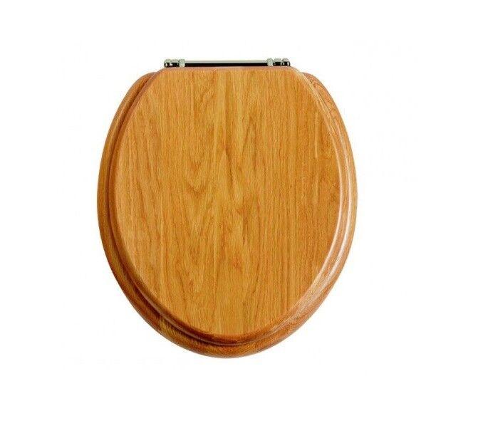 Patrimonio de asientos de inodoro de cierre suave (Acabado Cromo Bisagras de cierre suave)