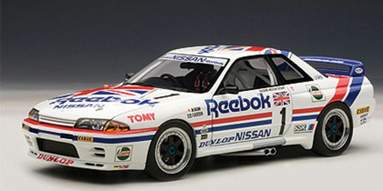 Autoart 1990 Nissan Skyline GT-R (R32) 1 18New del grupo a Reebok artículo