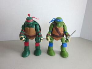 Teenage-Mutant-Ninja-Turtles-Teenage-Mutant-Ninja-Turtles-Raphael-amp-Leonardo-Transforming-figures