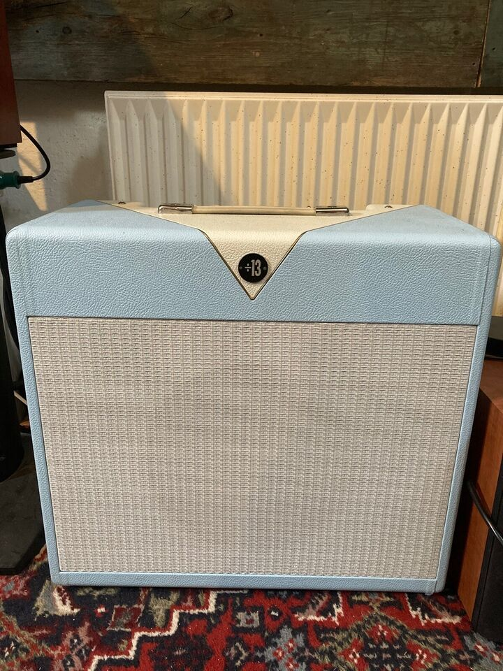 Guitarcombo, Divided by 13 BTR 23