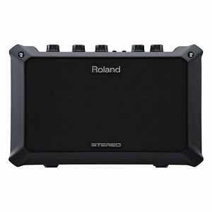 Roland-Mobile-AC-Battery-Powered-Acoustic-Guitar-Amp