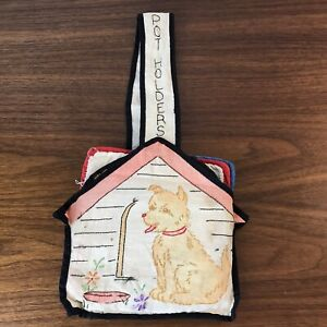 Vintage-Pot-Holders-Hot-Pads-Hanging-Storage-Embroidered-Dog-House-5-pcs