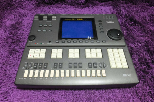 yamaha qy700 music sequencer drum machine mo001374 180315 for sale online ebay. Black Bedroom Furniture Sets. Home Design Ideas