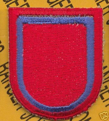 US Army 2nd Bn 377th Field Artillery Regt 82nd Airborne beret flash patch m//e