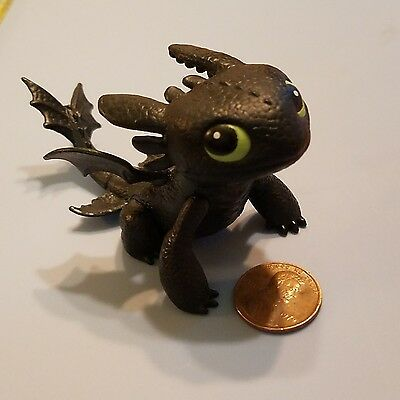 ACTION FIGURE HOW TO TRAIN YOUR DRAGON TOOTHLESS NIGHT FURY DREAMWORKS 2013