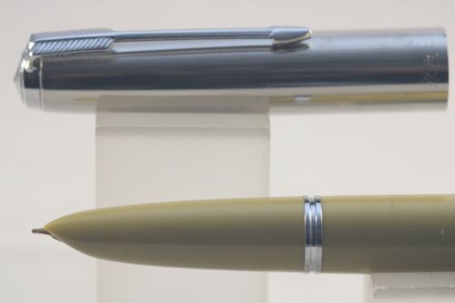 613 Beige//Cocoa Extra Fine Fountain Pen /& Polished Chrome Trim Wing Sung No
