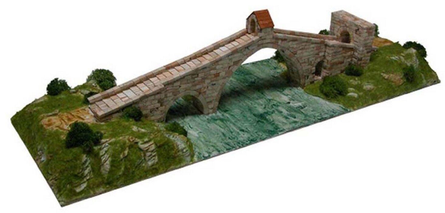 Pont Del Diavolo Martorell  Spagna  Scala 1200  1600 PC  43 x 67 x 16 CM