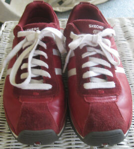 EUC-Skechers-Women-039-s-Athletic-Shoes-Size-8-5-Red-White-Lace-Up-Leather-Suede