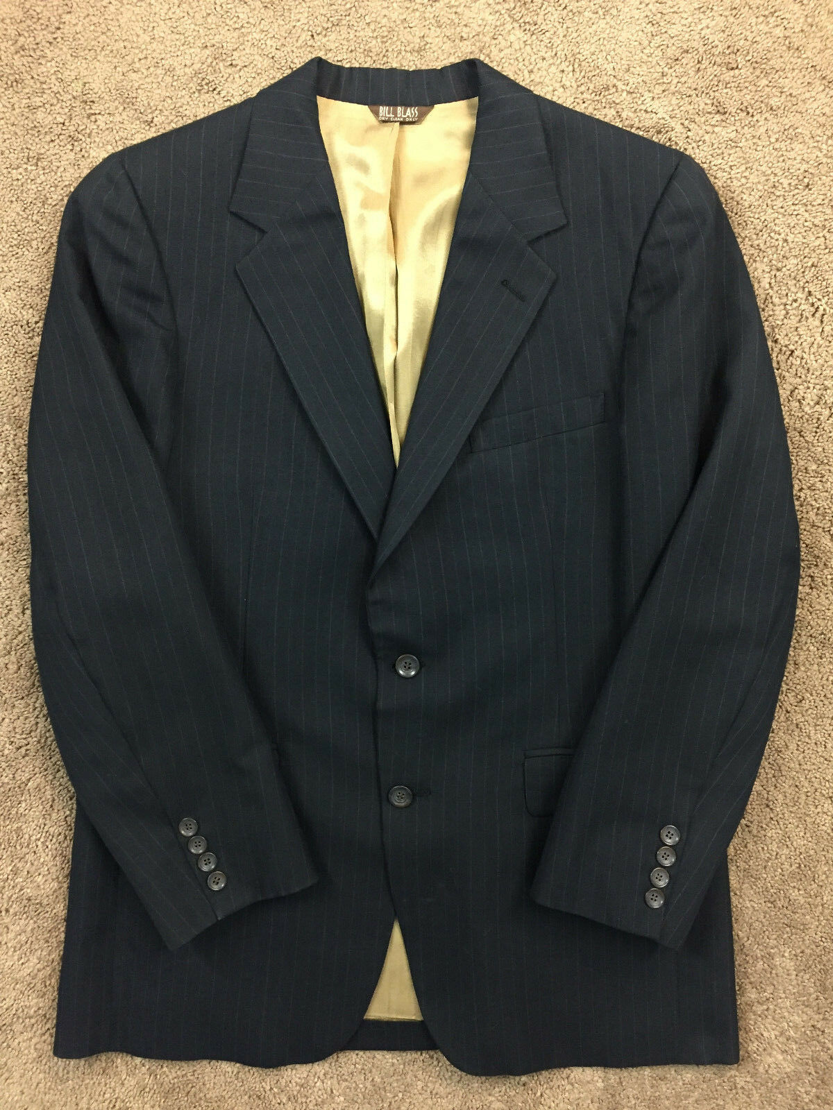 BILL BLASS NAVY Blau PINSTRIPE SUIT EXCELLENT 38 FLAT FRONT