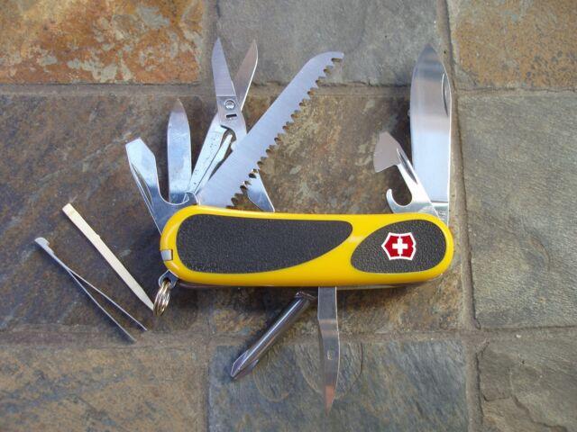 Yellow 85mm Victorinox Swiss Army EvoGrip 18 Pocket Knife