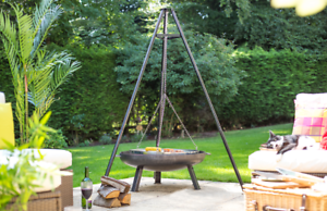 Tripod-With-Carry-Bag-amp-Grill